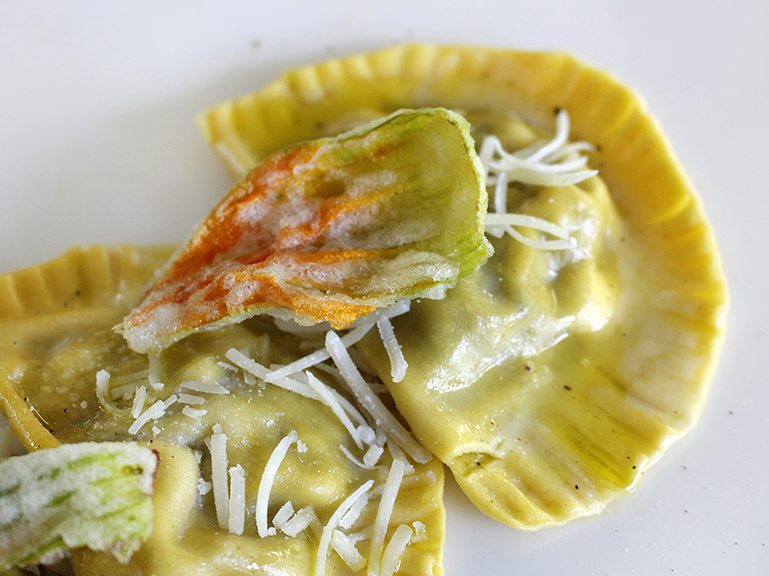 Il Tortellone with zucchini and zucchini flowers