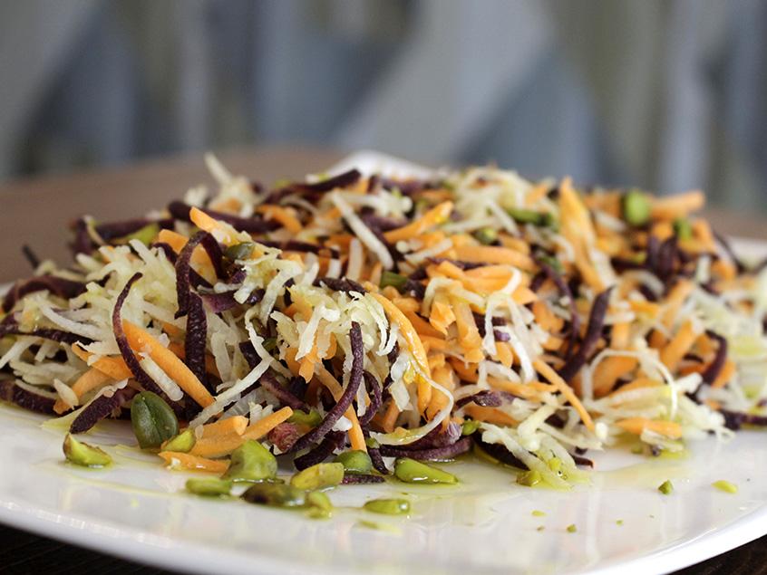 Insalata di carote e pistacchi